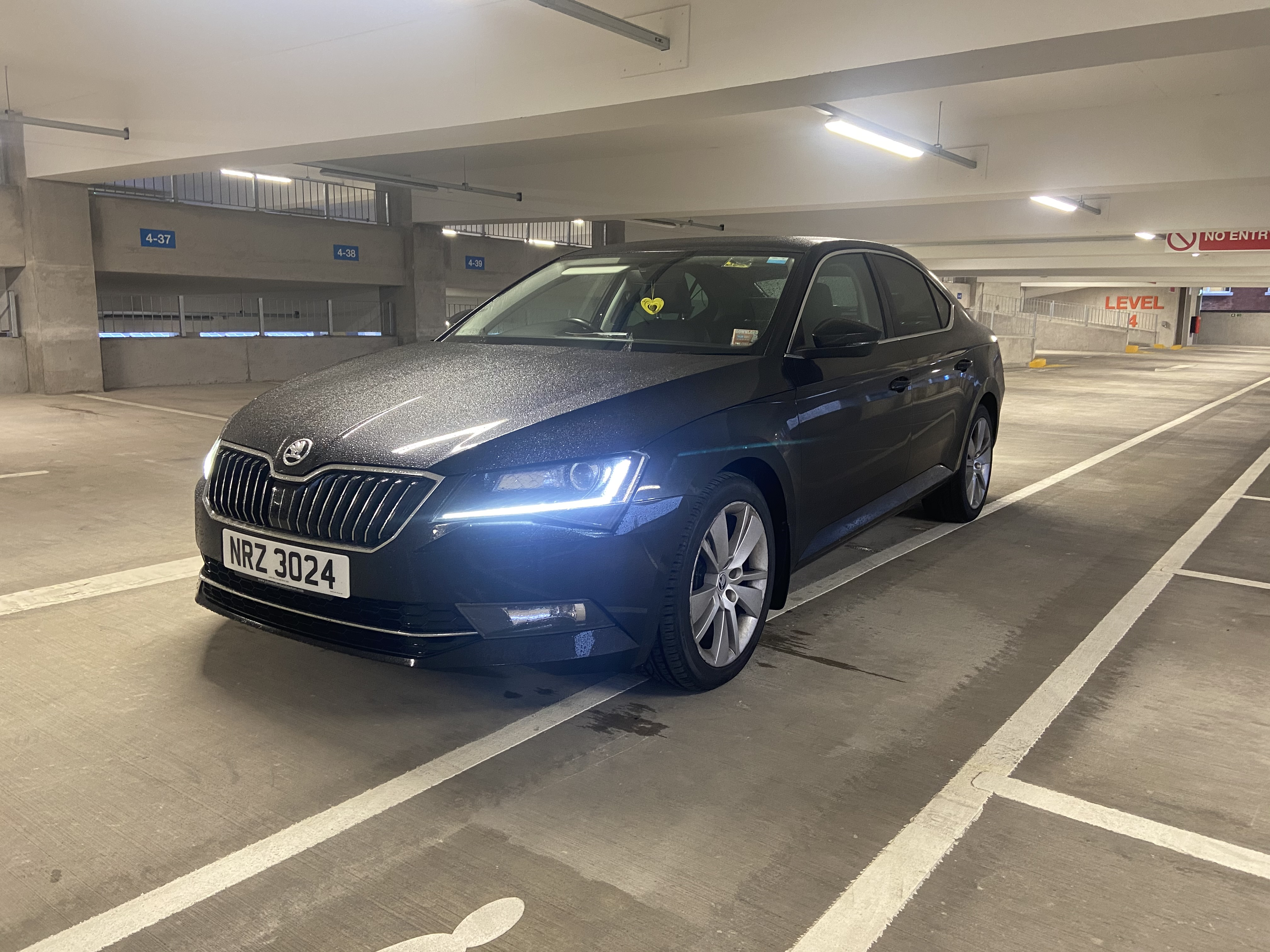 2018 Skoda Superb SEL Executive 2.0 TDI Auto full