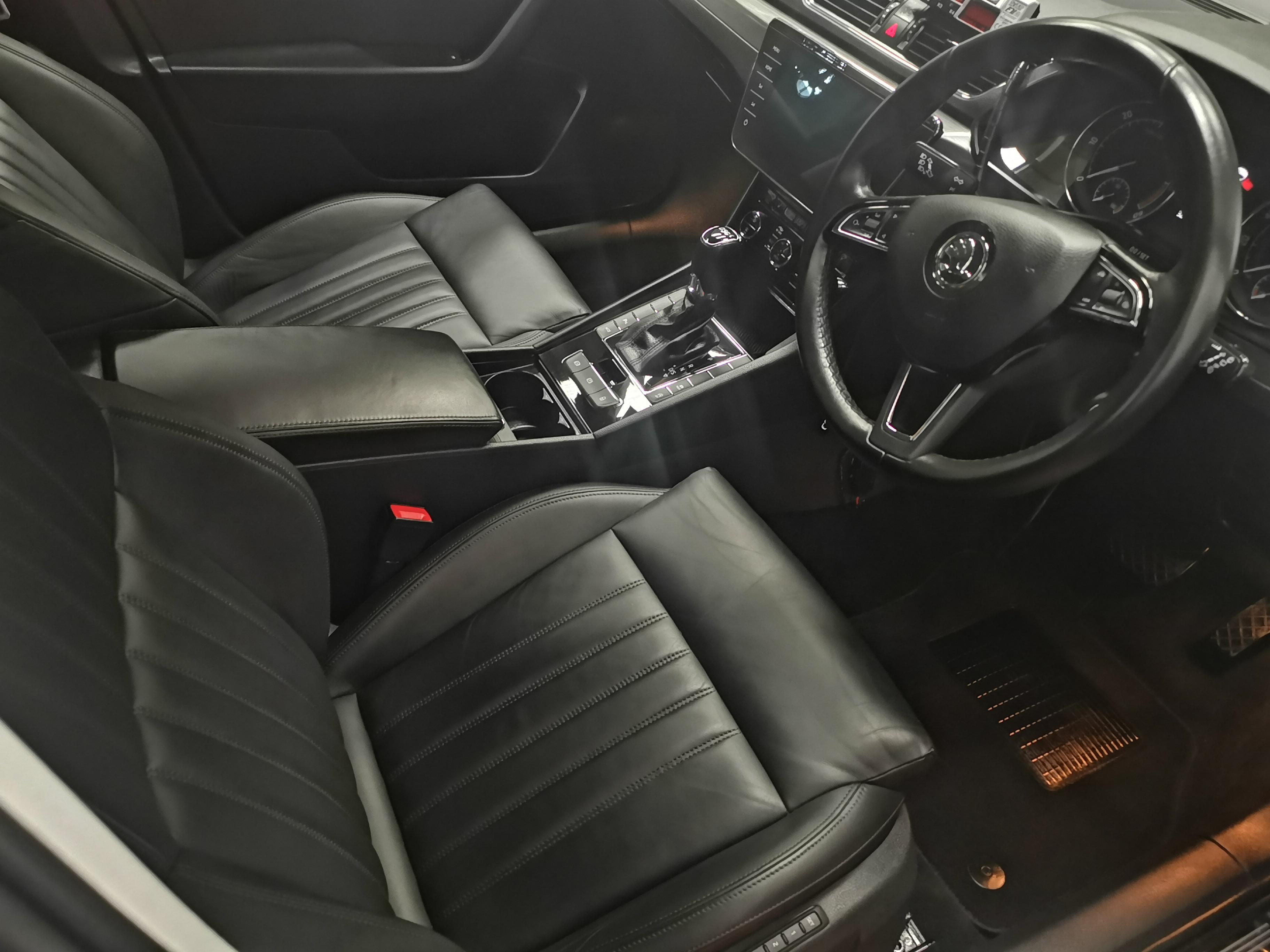 2019 Skoda Superb Executive Est 2.0 Auto full