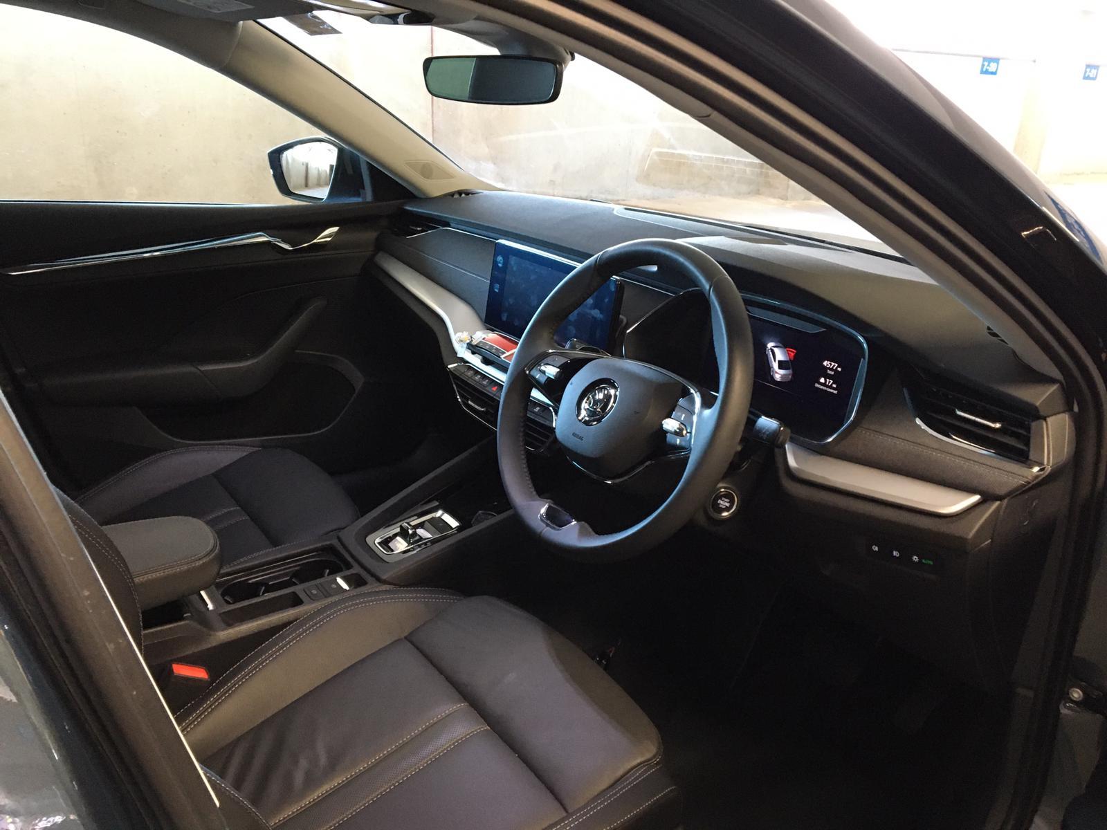 2021 Skoda Octavia Executive Hybrid Automatic full
